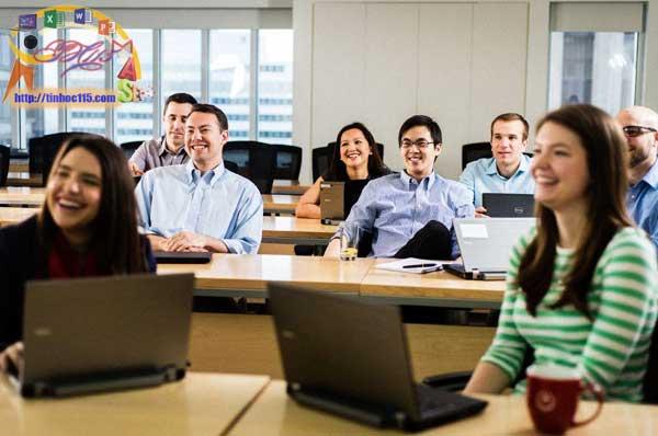 Lớp dạy tin học văn phòng cho công ty ở thái nguyên